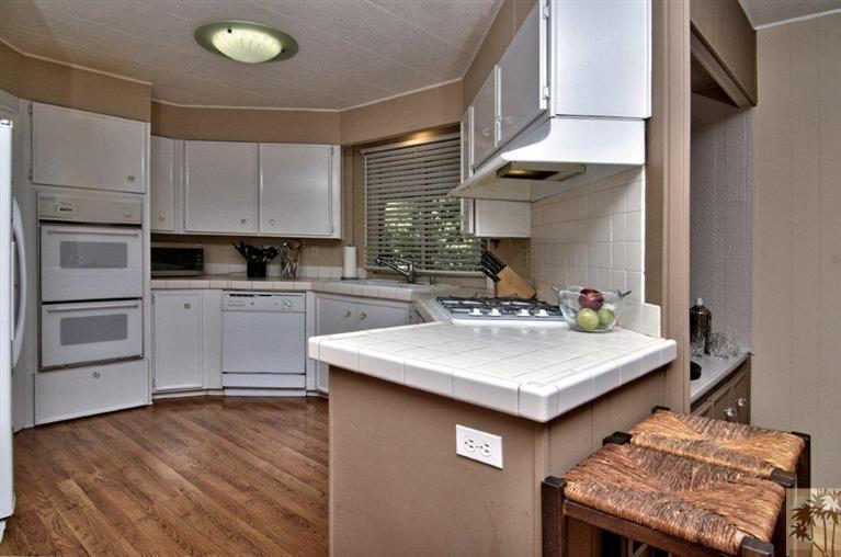 beautiful manufactured home tour - kitchen