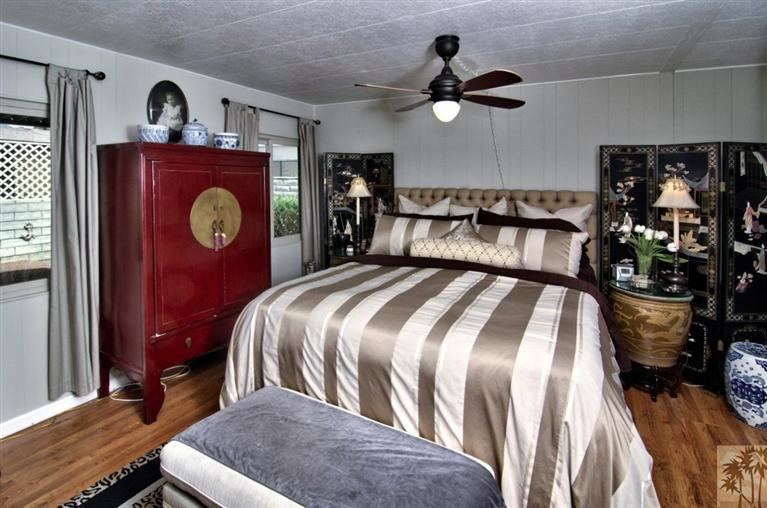 beautiful manufactured home tour - master bedroom