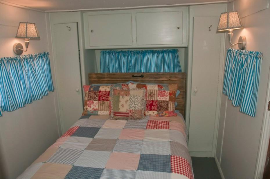 bedroom after mobile home makeover