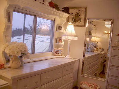 Amazing mobile home-dressing room