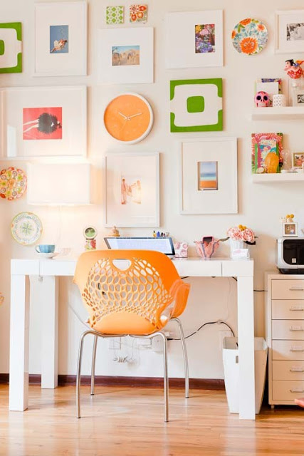 19 Great Home Office Ideas for Small Mobile Homes - retro orange office
