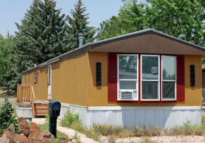favorite Craigslist mobile home finds - exterior
