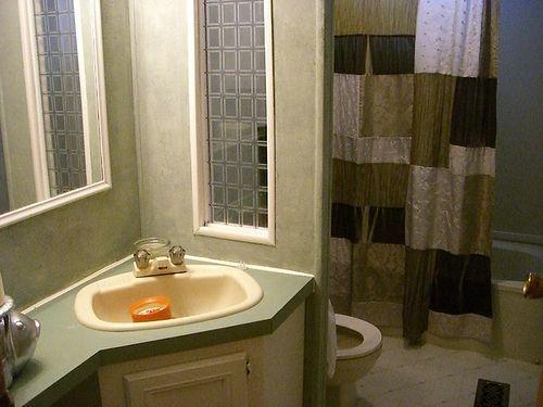 single wide makeover-bath
