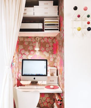19 Great Home Office Ideas for Small Mobile Homes - repurposed closet