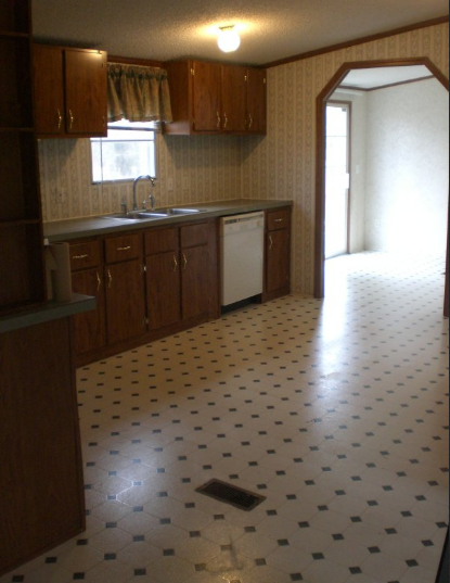 double wide manufactured home makeover - kitchen before makeover