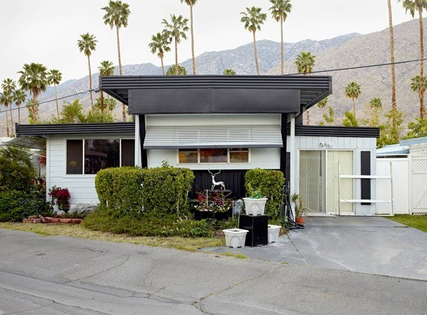 Small Dreams, Trailer Parks in Palm Springs: A Typology 10
