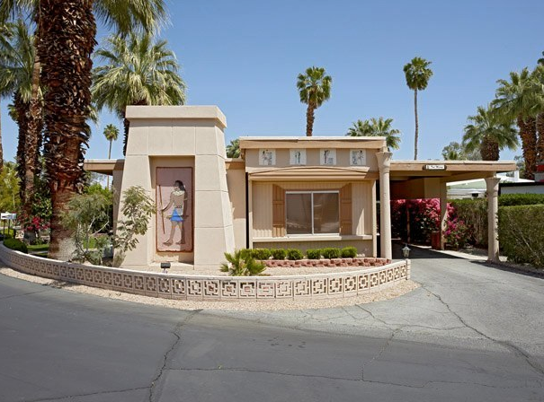 Small Dreams, Trailer Parks in Palm Springs: A Typology 1
