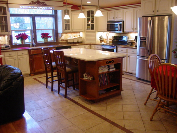 heres 3 great manufactured home kitchen remodel ideas that i found on hgtvs rate my space they only have a few manufactured home makeovers but the few - Mobile Home Kitchen Designs
