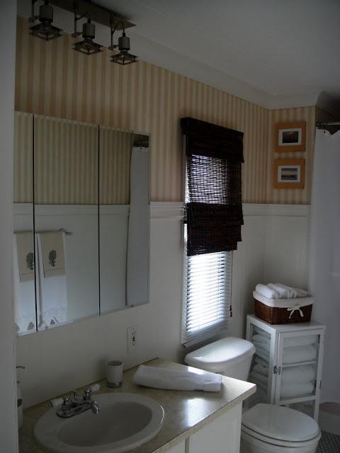 manufactured home bathroom decor ideas