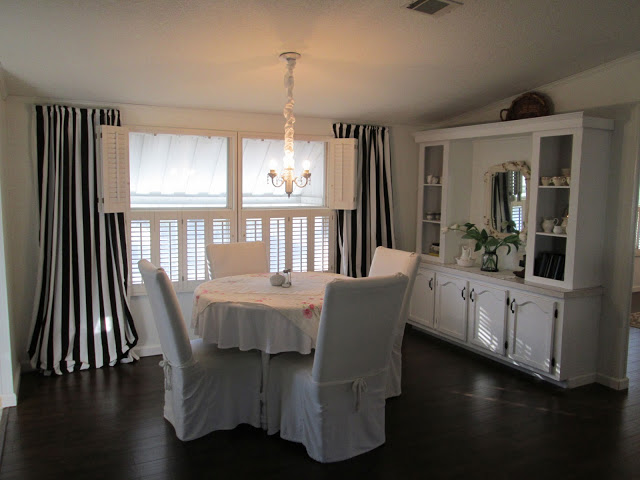 manufactured home makeover-dining room