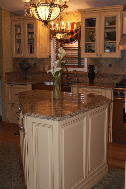 French Country Gourmet Kitchen in a Manufactured Home - center island
