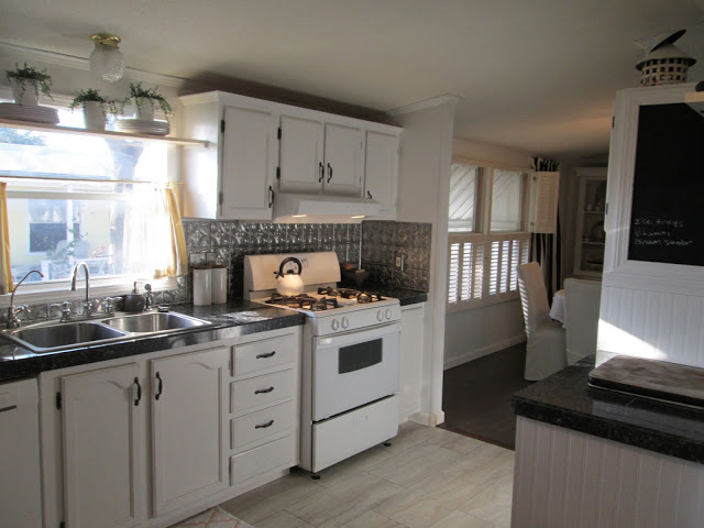 Manufactured home-kitchen after 2