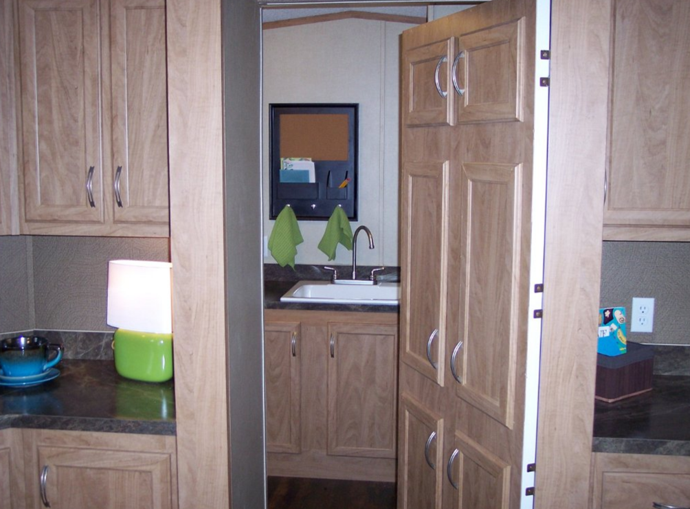 single wide manufactured home