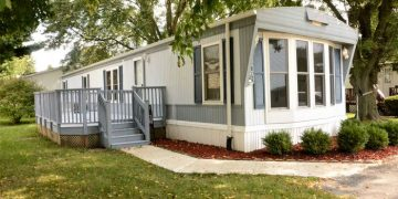 budget friendly mobile homes-70's exterior
