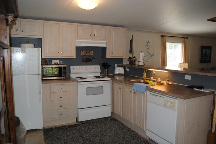 budget-friendly mobile homes-waterfront kitchen