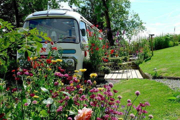 bus conversions-bed and breakfast exterior
