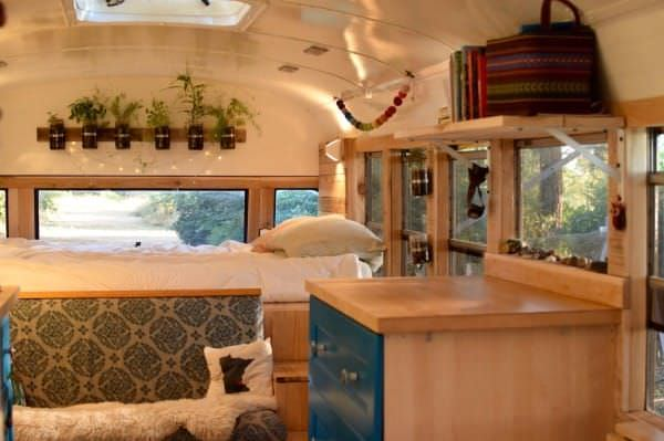 bus conversions-family of 6 bedroom