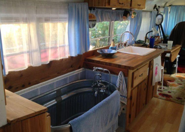 bus conversions-tiny home tub