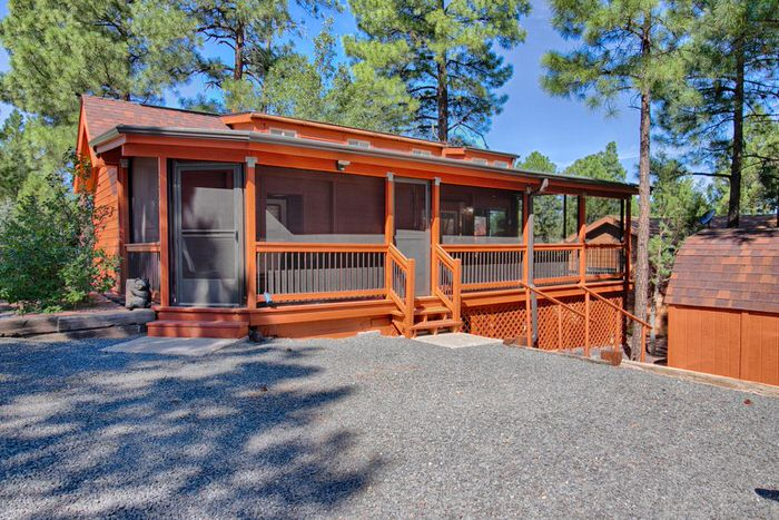 Buying a mobile home in arizona-park model