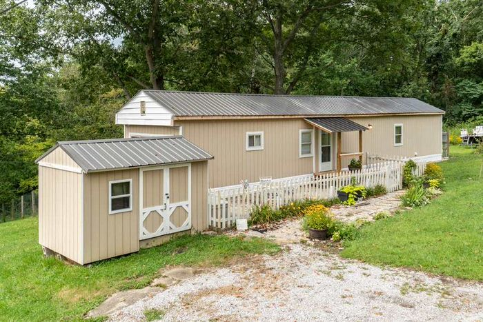 buying a mobile home in kentucky-single wide