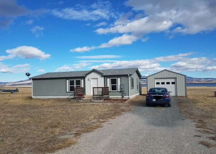 buying a mobile home in montana-double wide