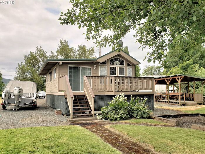 buying a mobile home in oregon-park model home with addition