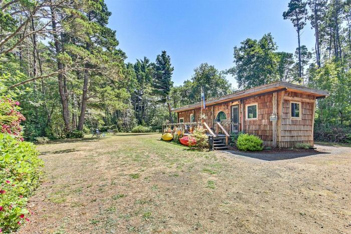 buying a mobile home in oregon-vintage single wide