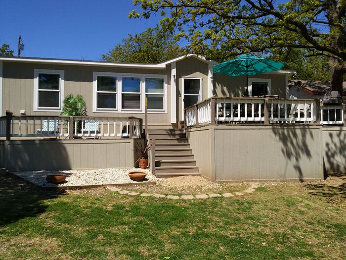 buying a mobile home in texas-double wide with deck