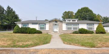 buying a mobile home in washington-triple wide
