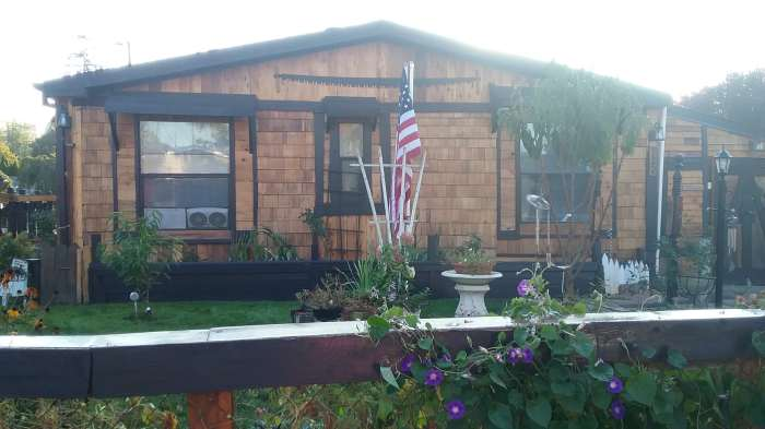 cedar-siding-on-manufactured-homes-affordable-cedar-siding-project-after-end-of-home