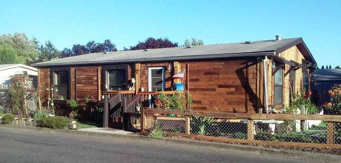cedar-siding-on-manufactured-homes-affordable-cedar-siding-project-after-front-of-home-after-cedar-is-installed-1