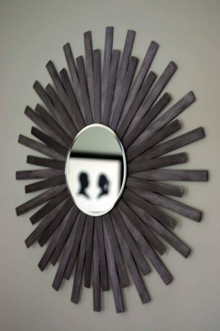 cheap-wall-art-ideas-starburst-mirror-from-paint-sticks