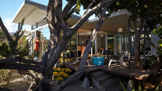 This Complete 1964 Mobile Home Remodel is Amazing