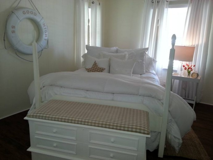 coastal cottage- featured home (the white bedroom)