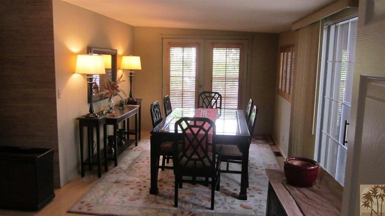 dining room of remodeled mobile home
