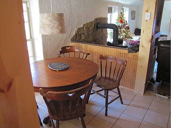 mobile home dining room