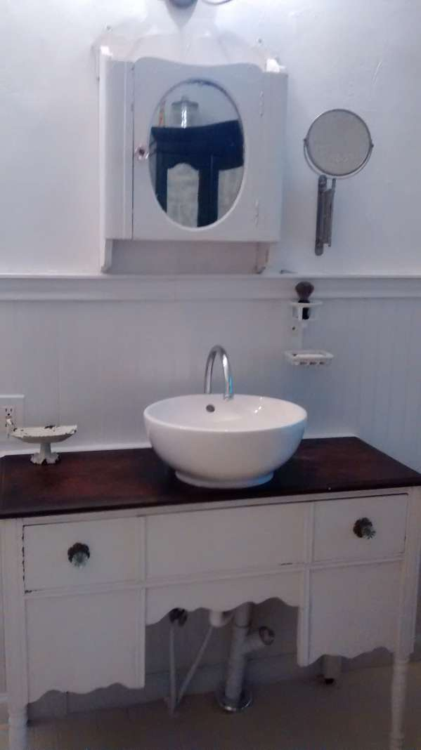 double wide decor makeover (bathroom sink )