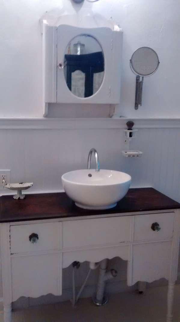 double wide decor makeover (bathroom sink )