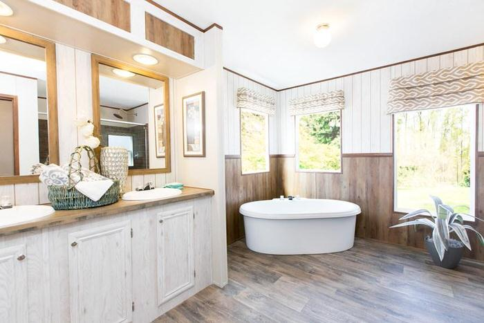 double wide home design-master tub