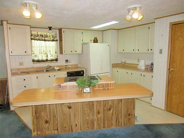 Por Features Of Mobile Homes Built In 1985 on 1980 color for kitchen home, america 1980s interior design home, start an assisted living home, 2000s manufactured home,