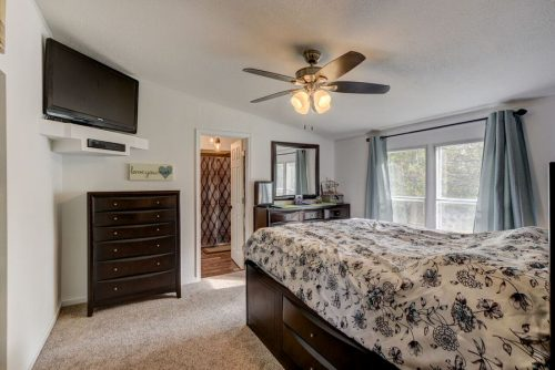 flipping a mobile home-master bedroom