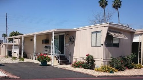 free mobile home-exterior view