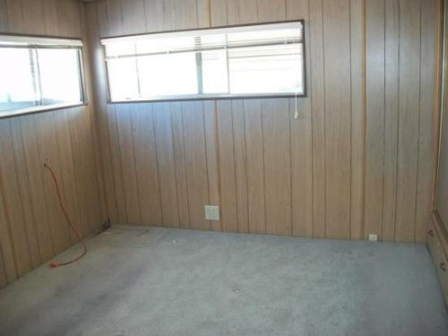 free mobile home-master bedroom before