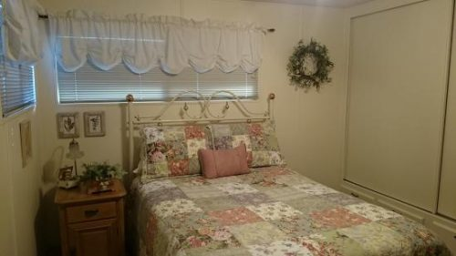 free mobile home-shabby chic master bedroom