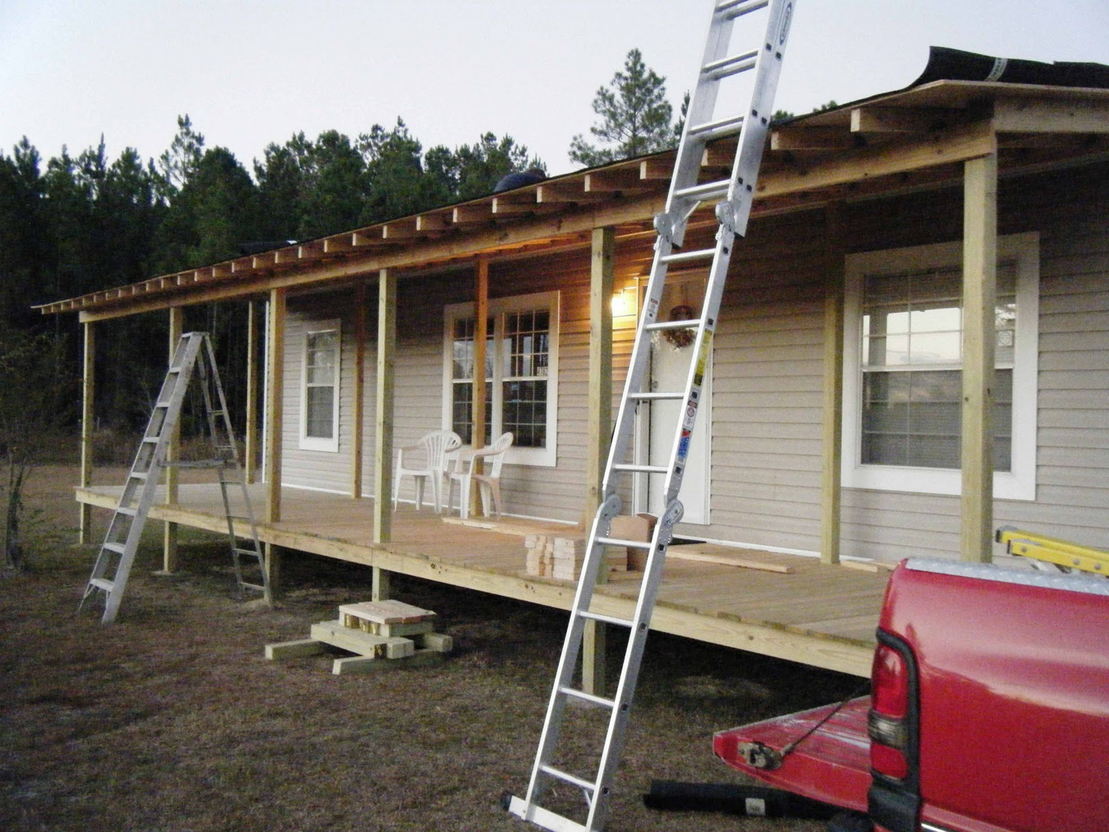Back porch roof ideas - Front Porch Being Built Onto Double Wide Belindajowrites Com