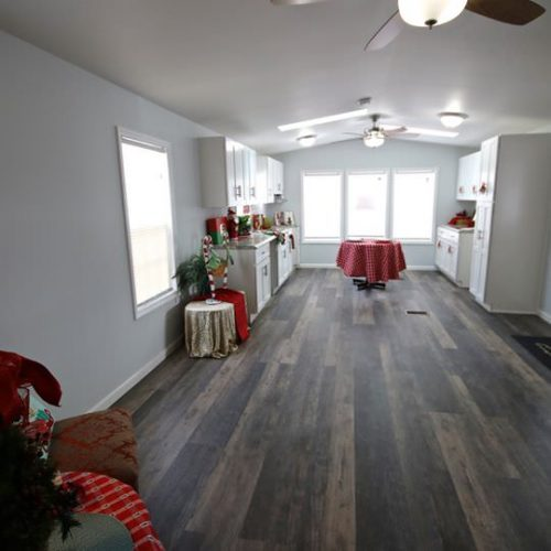 fully renovated single wide-floor plan