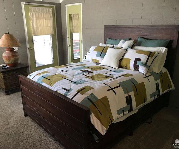 Iconic vintage mobile home-master bedroom