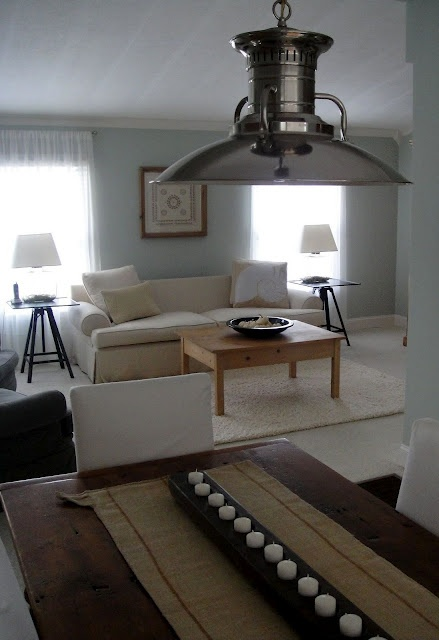 7 Living Room Decorating Styles that Look Great in Mobile Homes 2