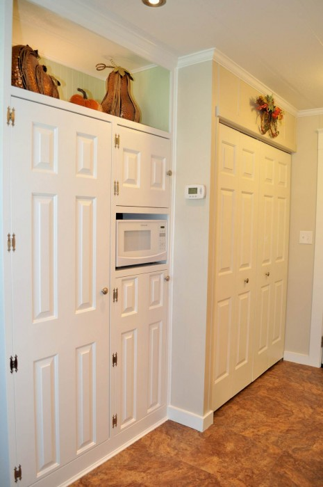 installing storage in a mobile home kitchen - cabinets