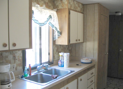 interior designer's manufactured home remodel - before and after photos of manufactured home remodel - kitchen before